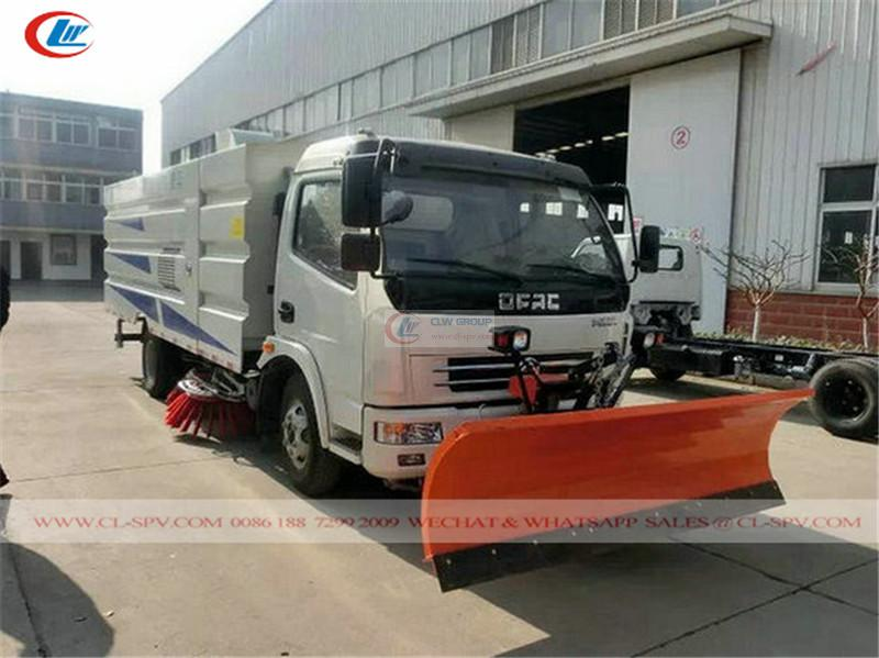 Dongfeng Duolika road sweeper