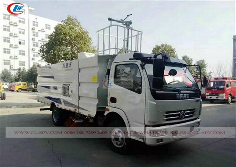 China Dongfeng road sweeper