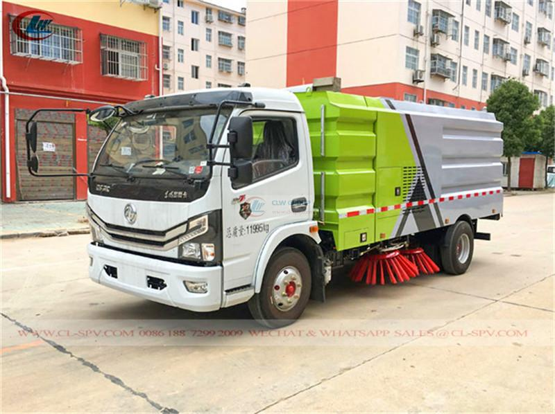 Euro 5 Dongfeng road vacuum sweeper