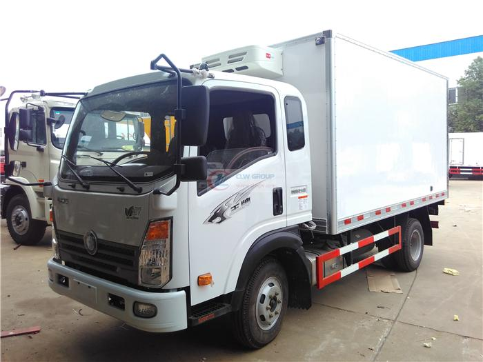 Sinotruk Ace refrigerated truck (3.7 meters)