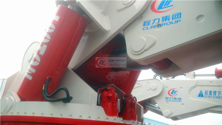 湖北程力200吨随车起重机