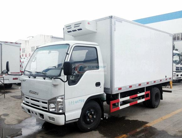 Qingling Isuzu 100P refrigerated truck (Euro 4)