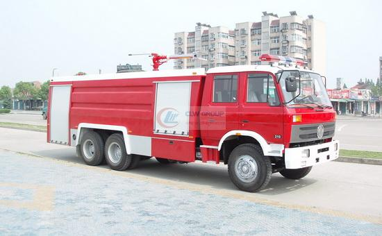 Dongfeng rear double bridge foam fire truck