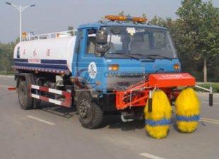 Dongfeng 153 Sprinkler Leitplanke Reinigungswagen (multifunktional), Leitplankenreinigungswagen