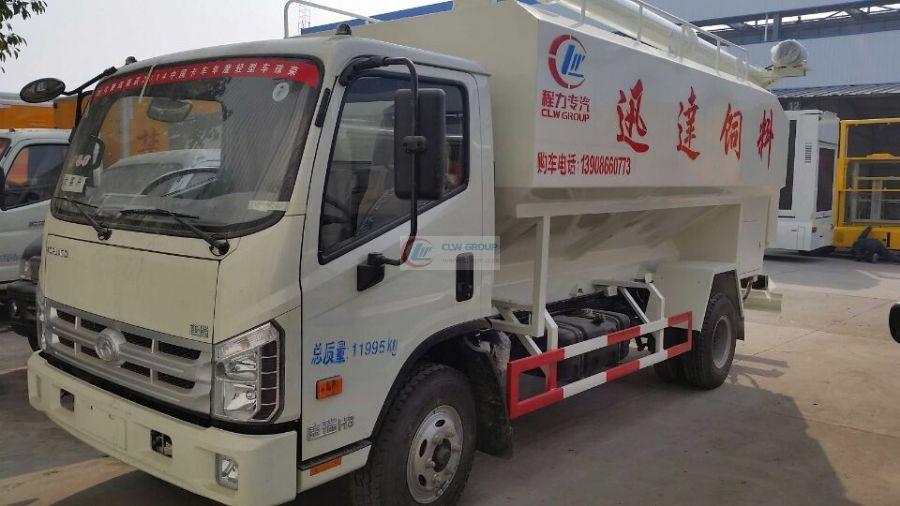 Foton Kangrui 6-ton bulk feed truck (12  cbm)