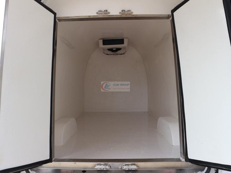 福田G7国五冷藏车(5.3立方)厢体内部