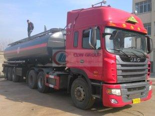 Liquid caustic soda nitrate steel lined plastic tank truck, chemical transport truck