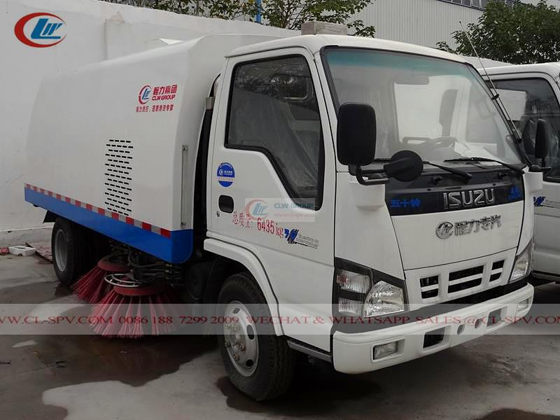 Isuzu 4K engine road sweeper
