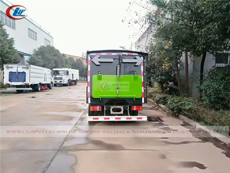 Kaima street sweeper