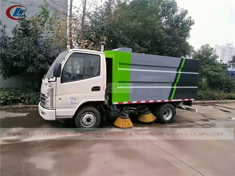Kaima street sweeper truck