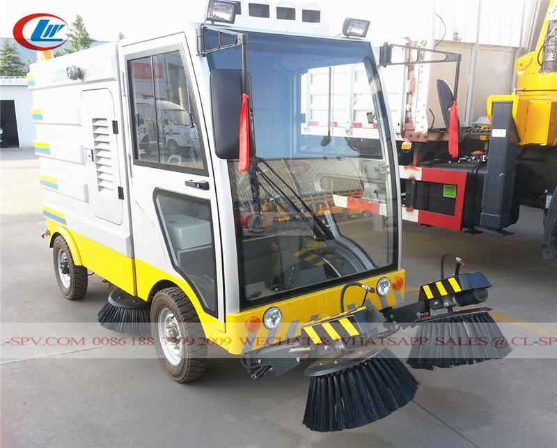 electrical road sweeper