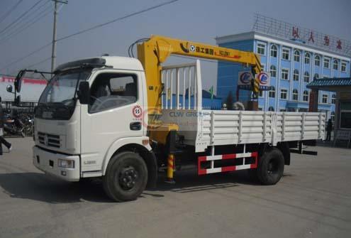 Dongfeng Duolika Truck-mounted Crane