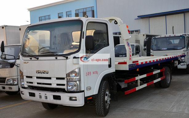Qingling Isuzu 700P Flatbed One Tow Two Grúa