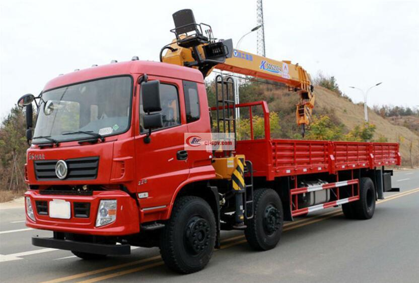 Dongfeng 6X2 12-ton XCMG truck-mounted cranes
