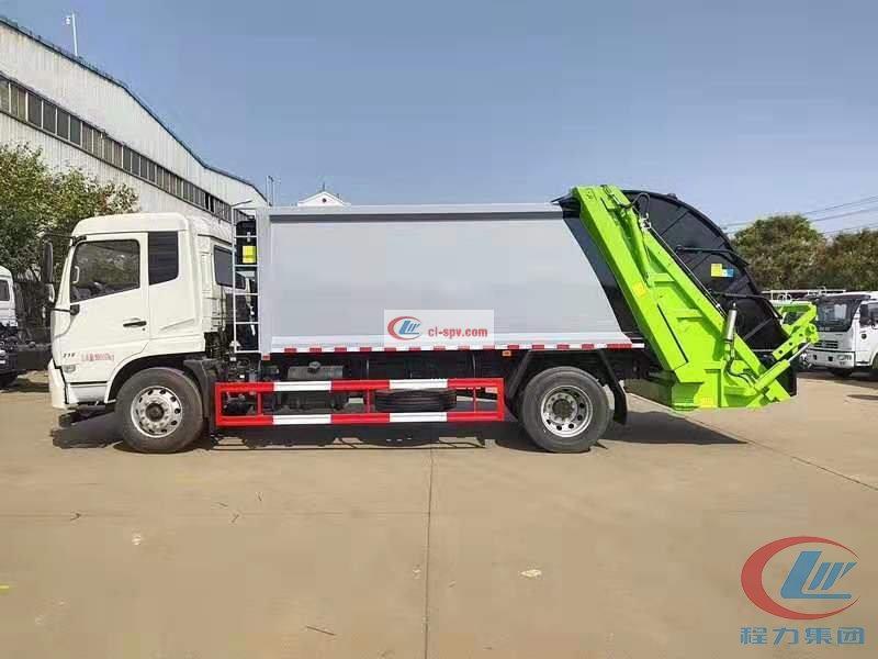 东风天锦compactor garbage truck