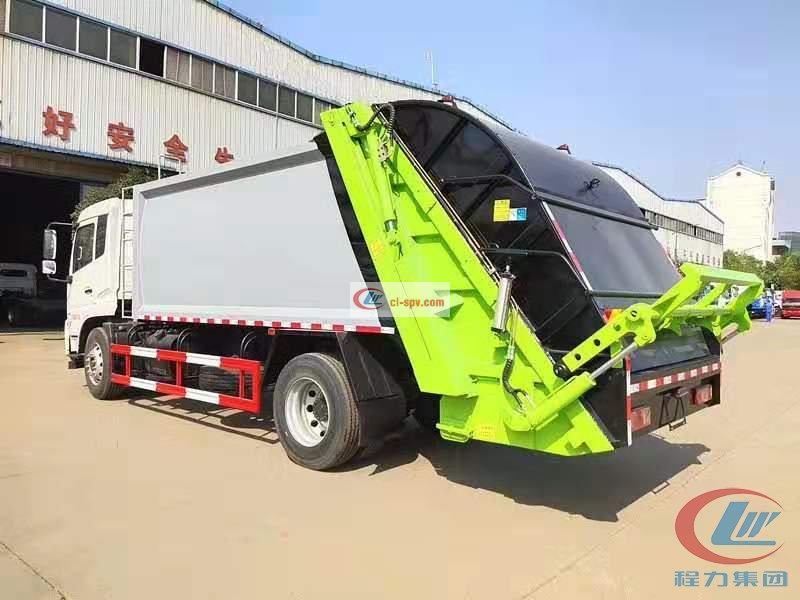 程力威牌东风天锦compactor garbage truck