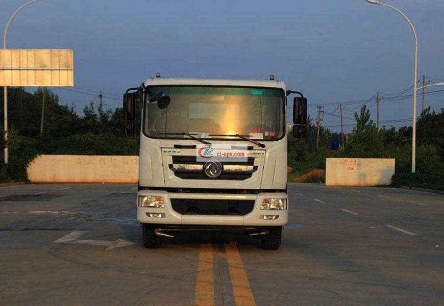 国六东风D9(12方)洒水车驾驶室