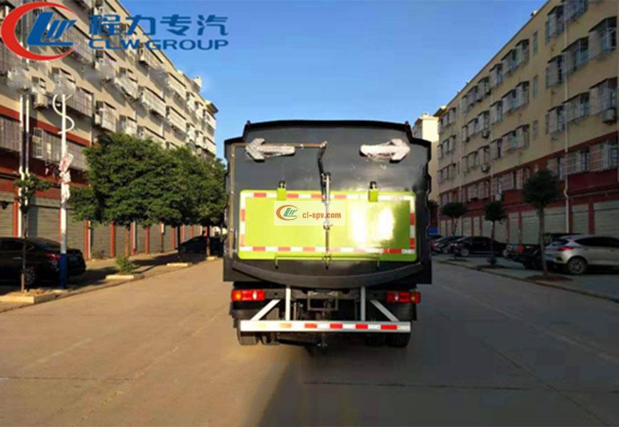 东风天锦12方扫路车后方位展示图