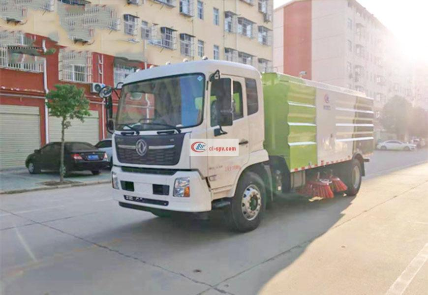 Dongfeng Tianjin 12-square road sweeper National VI