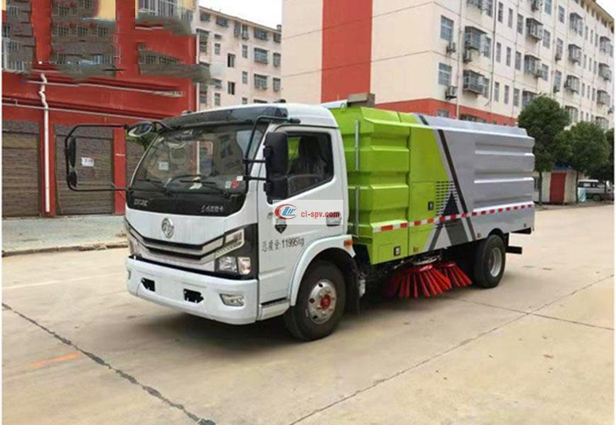 Dongfeng Duolika 8-square road sweeper country VI