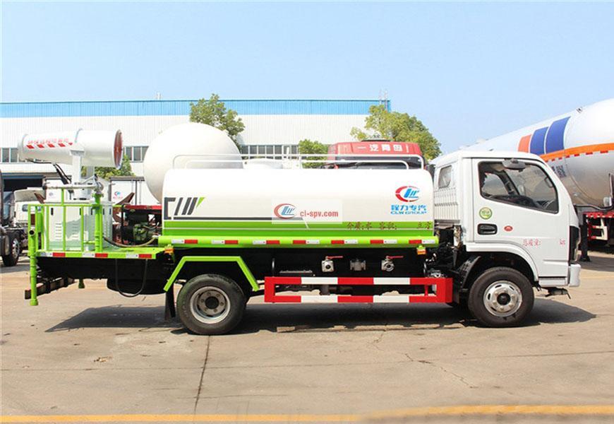 东风多利卡5吨绿化喷洒车图片
