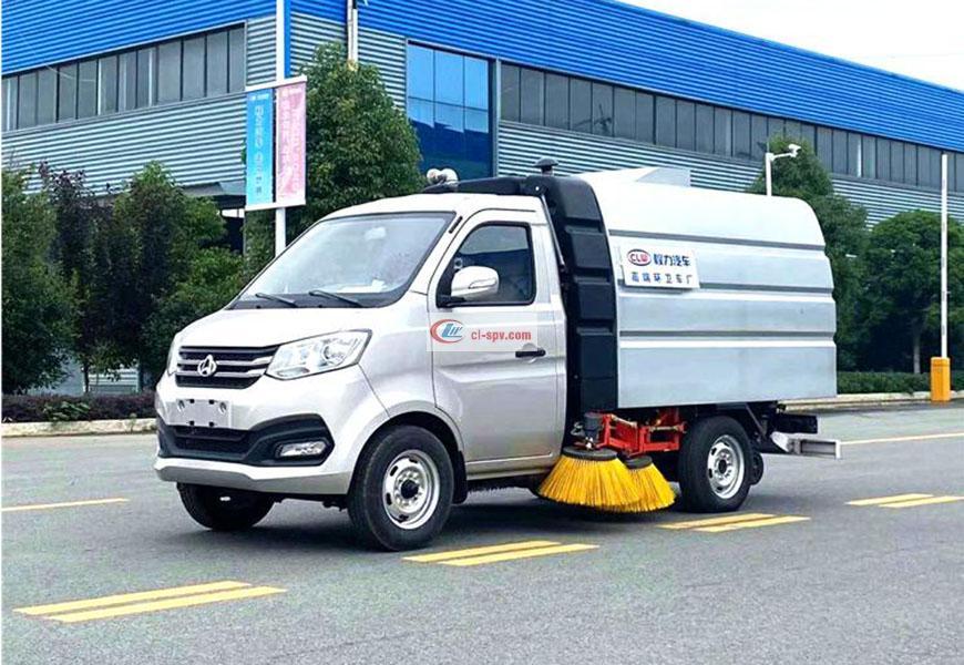 Маленькая подметальная машина Changan National VI