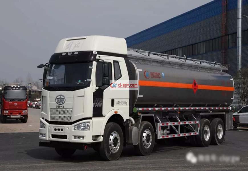 CLW5320GYYC5型运油车
