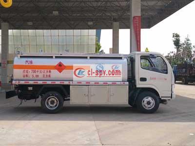 国五东风多利卡5立方加油车