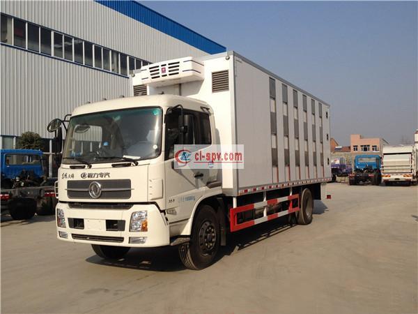 东风天锦6.8米DFH5180XLCBX1DV雏禽保温运输车