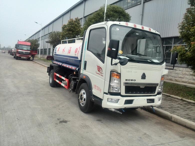 Howo truck 5 tons sprinkler