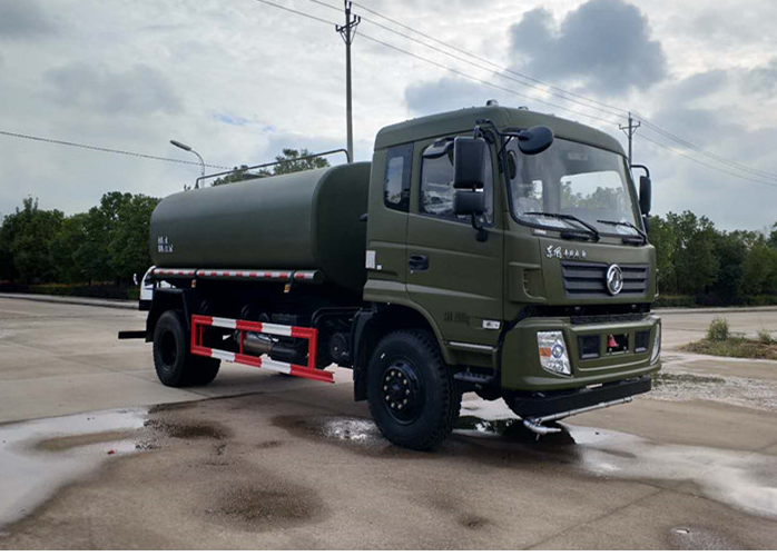Dongfeng 14 cbm 4×4 all wheel drive sprinkler