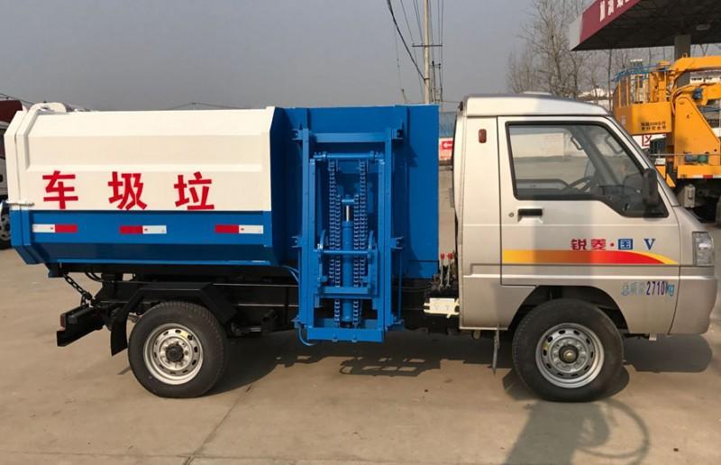 凯马3方挂桶式garbage truck 正左侧面图