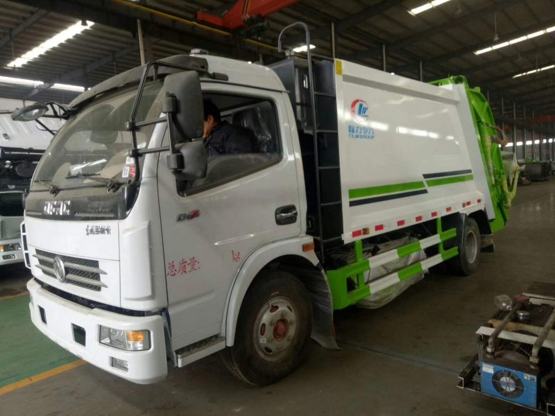 Dongfeng eight cbm compression garbage truck