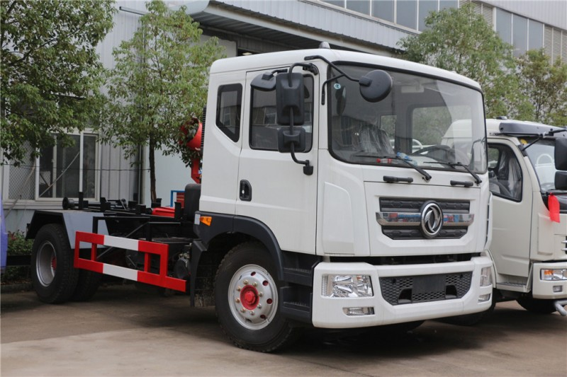 Dongfeng hook D9 garbage truck