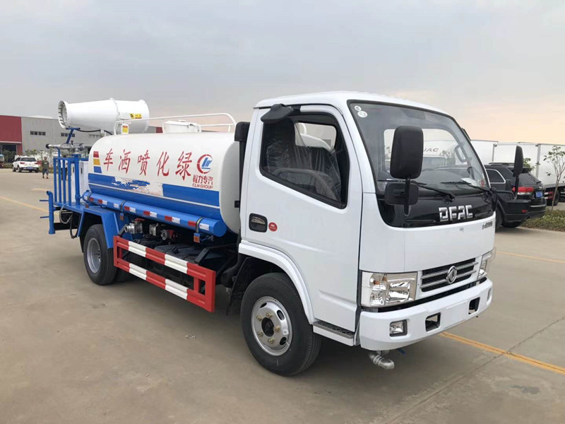 Dongfeng 5 cbm sprinkler fog artillery disinfection vehicle