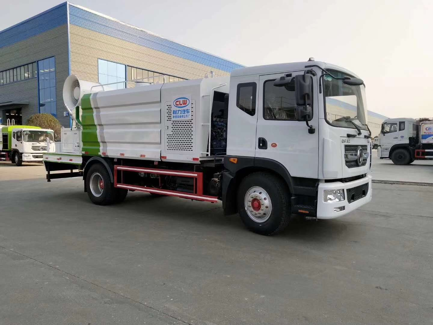 Liu Qi Chenglong dust suppression truck