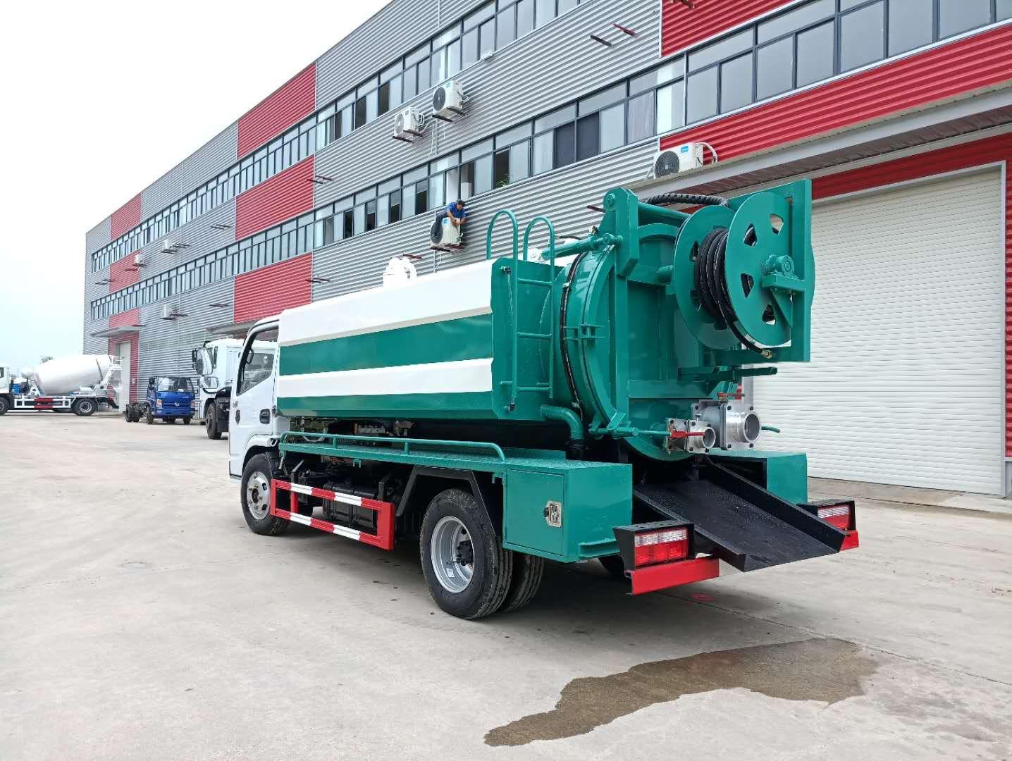 DLK D6 ہوا سکشن صفائی سیوریج ٹرک 1