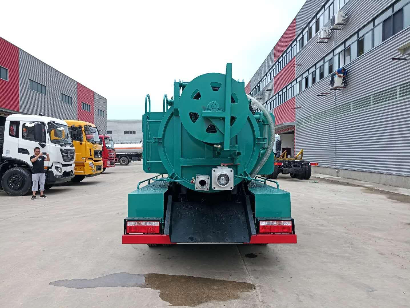 Dongfeng DLK D6 صفائی نکاسی سکشن ٹرکس 3